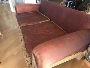 фото дивана после ремонта